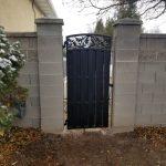 Oak-pattern Iron Gate